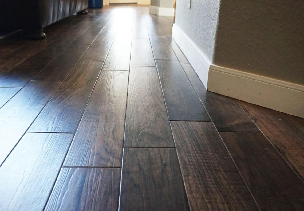 Refinishing hardwood floors and rubber floor tiles at its best