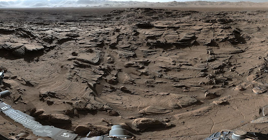 Curiosity Mars Rover Crosses Rugged Plateau - Cloud Tube