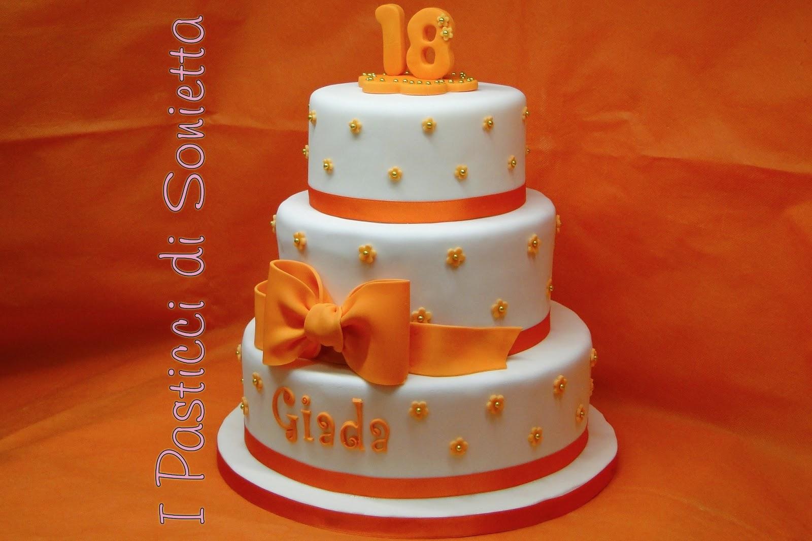 Conosciuto i pasticci di Sonietta: Torta Diciottesimo per Giada EC02