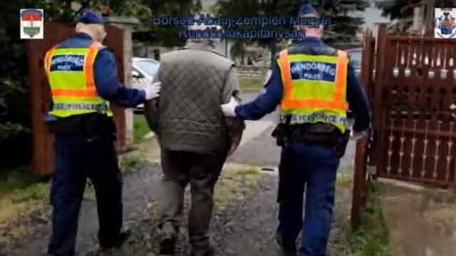 """A férfi """"rémhíreket"""" írt a Facebookon arról, mi történik a kijárási korlátozás eltörlése után, elvitték a rendőrök – videó"""