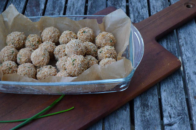 Deep fried goat cheese balls