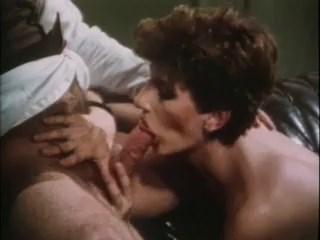الفيلم الكلاسيكى Desperate Women 1985 كامل