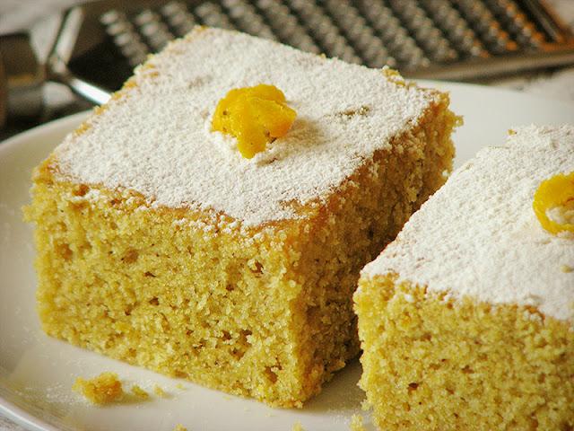gâteau à la farine de maïs facile et rapide
