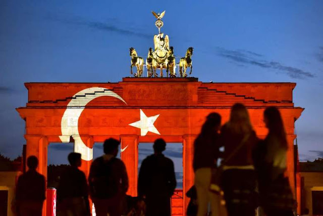 Πόσοι Τούρκοι αξιωματούχοι ζήτησαν άσυλο στην Γερμανία