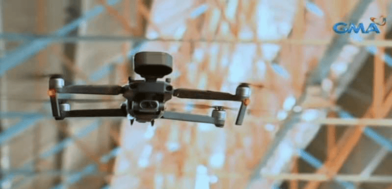 Marikina City deployed a talking drone that scans body temperature and remind shoppers