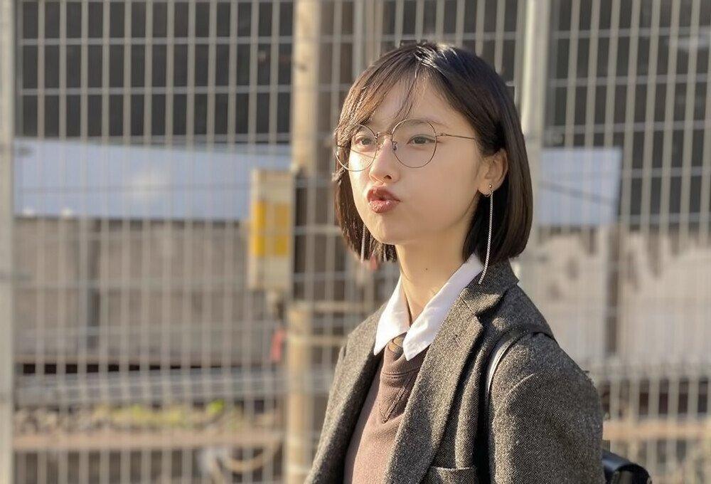 일본 무명 여배우의 셀카 습관