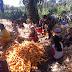 Sambil Komsos, Personil Satgas Belajar Berbagai Usaha dari Warga Desa Mabar