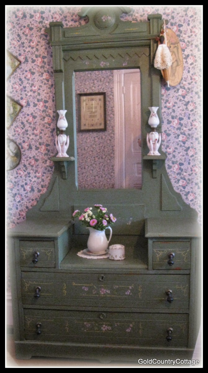 One of the biggest misconceptions regarding antiques - GoldCountryCottage: VICTORIAN COTTAGE FURNITURE...