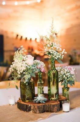Rustikales Hochzeits-Mittelstück für ein rustikales trifft romantische Hochzeits-Ideen
