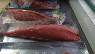 Ikan tuna untuk sushi yang penuh dengan racun mematikan