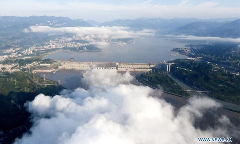 Đập Tam Hiệp đối diện đỉnh lũ lịch sử, phải mở 11 cửa giải vây