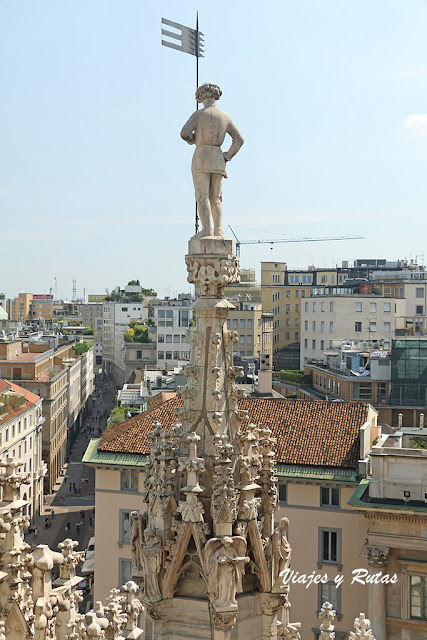 Gian Galeazzo Visconti, Duomo de Milán