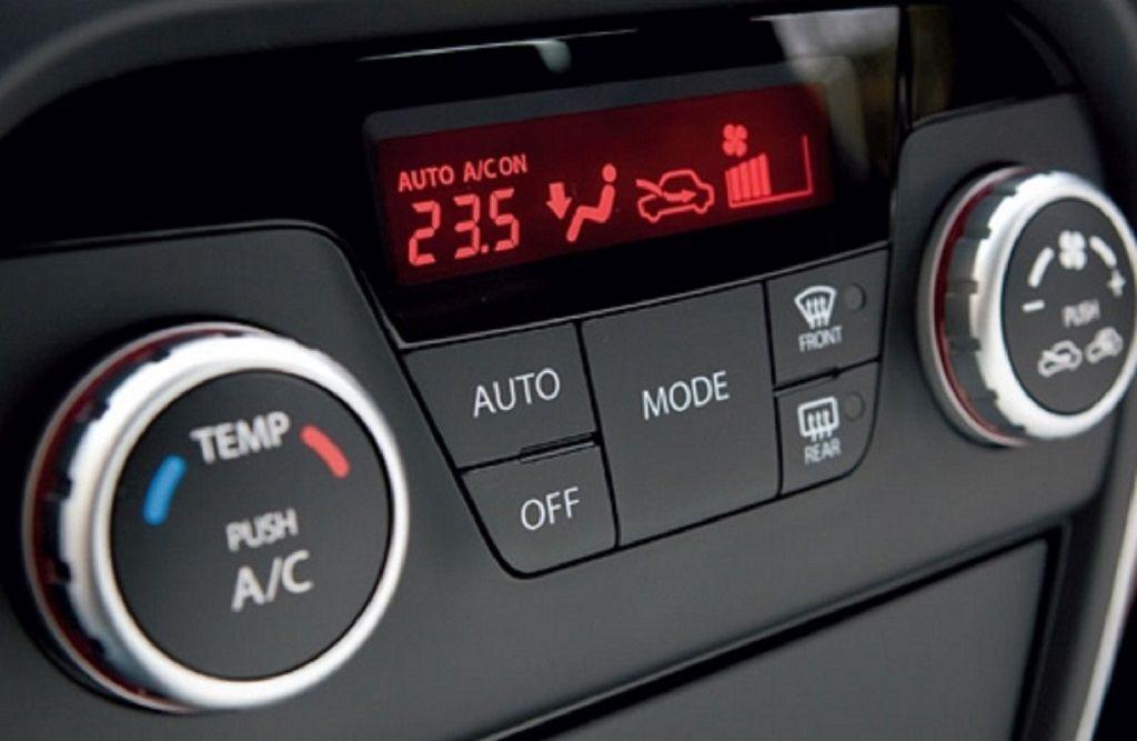 Bí quyết hạ nhiệt nhanh cho ô tô dưới trời nắng nóng