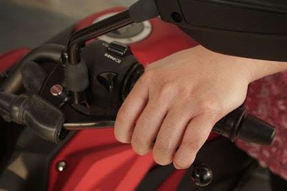 Cara Menyetel Kopling Motor Manual di Rumah