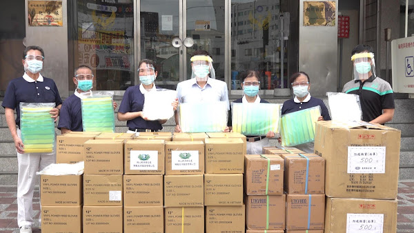 慈濟基金會捐贈彰化縣消防局物資 力挺第一線防疫消防人員
