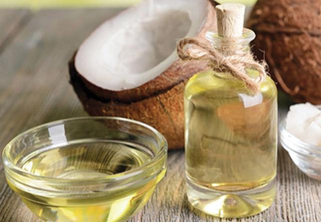 Healthy Foods, healthy breakfast, happy healthy food, Loss of excess weight , Weight loss, Excess weight loss, Coconut Essential oil, Massage, coco oil ,coco