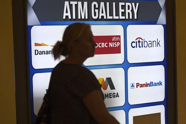 Kredit Ditopang Oleh Bank Besar Ketika Bank Kecil Berkinerja Buruk