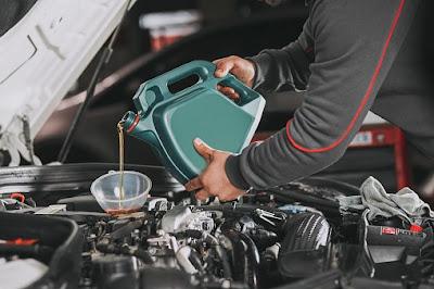 Bisakah Oli Mesin Mobil Digunakan untuk Motor Matic?