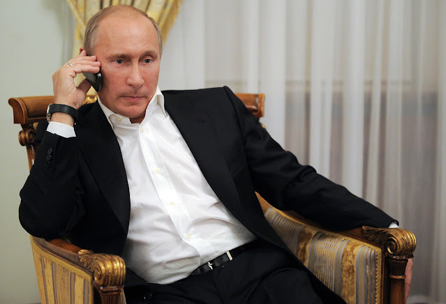 פרעזידענט ביידען האלט אפ טעלעפאנישע געשפרעך מיט וולאדימיר פוטין