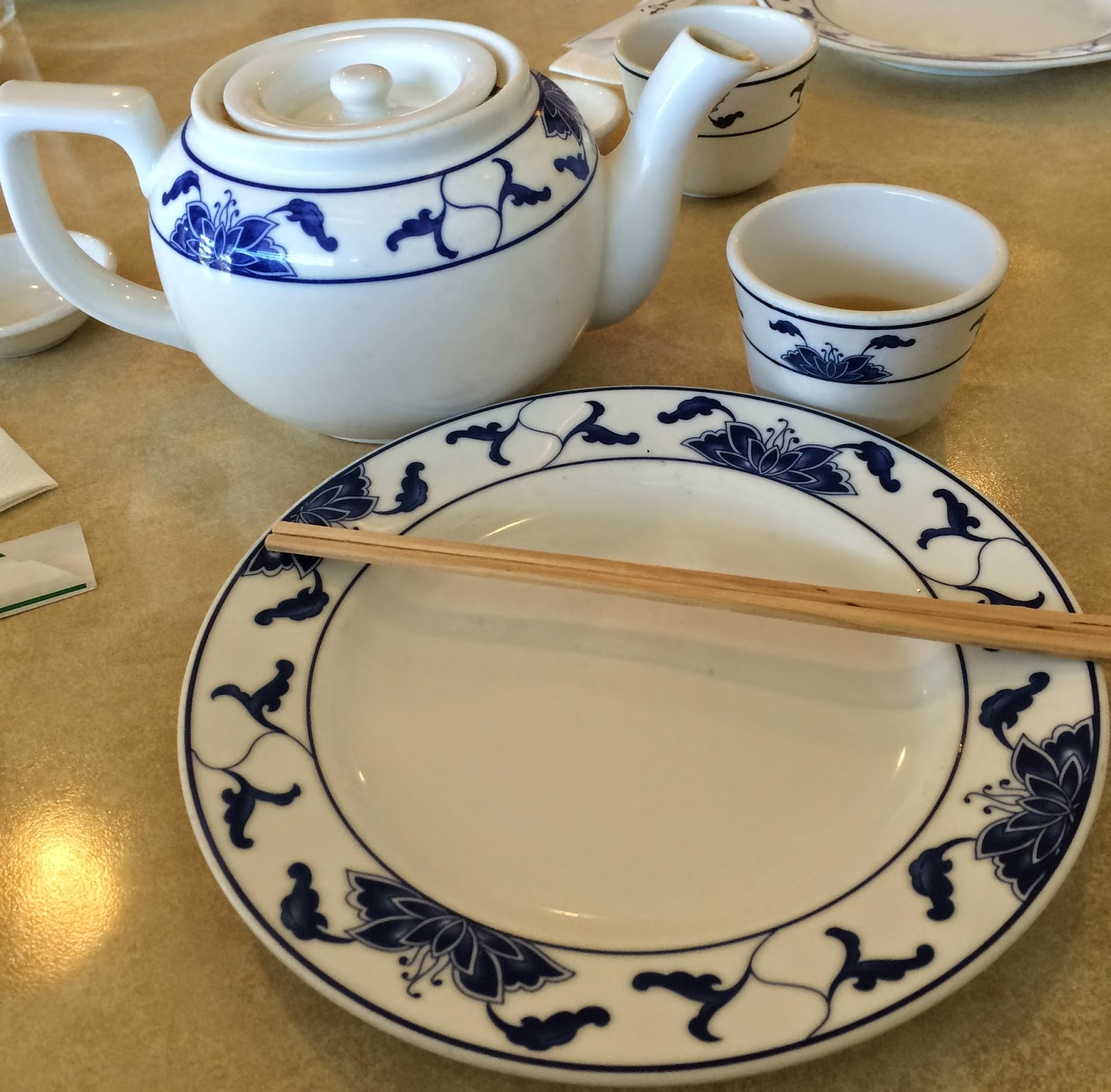 A LITTLE HOT TEA TO START OUR MEAL & TASTE OF HAWAII: AINA HAINA CHOP SUEY