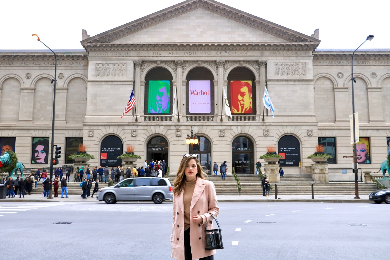 Nyc fashion blogger Kathleen Harper outside of the Art Institute of Chicago for a photo shoot.