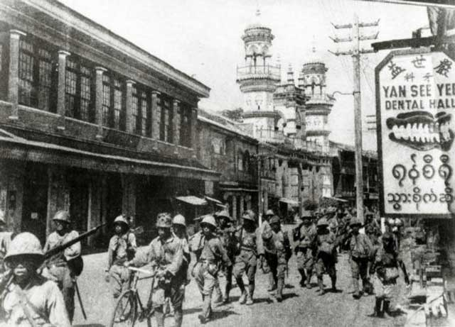 Japanese troops enter Moulmein, January 1942 worldwartwo.filminspector.com