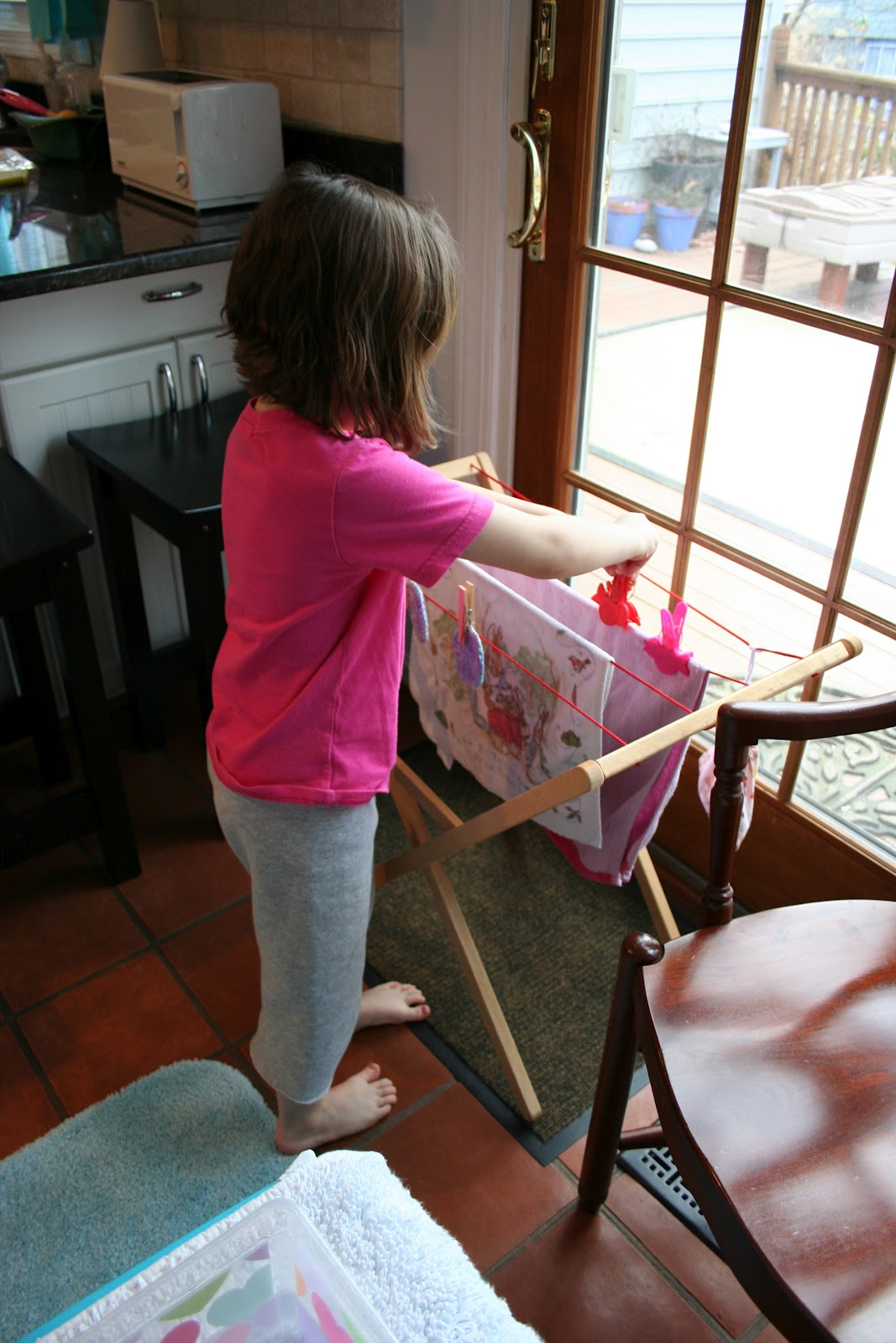 Pink And Green Mama Washing Baby Dolls Water Play
