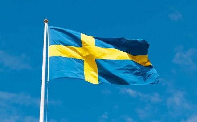 Svéd tudós: a zászlóban a kereszt sértő, ezért el kellene távolítani
