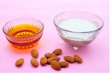 Almond Flour,Honey Pack