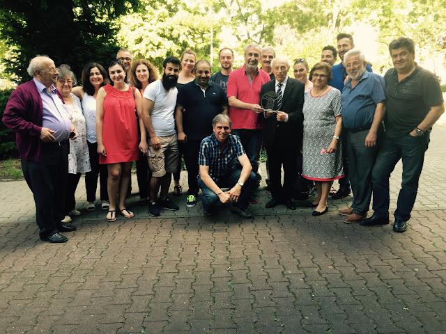 Από την τελευταία συνάντηση μελών του Δ.Σ. της ΟΣΕΠΕ όπου τιμήσαν τον Δημήτρη Εμμανουηλίδη και την σύζυγο του με την ΣΕ για την προσφορά τους