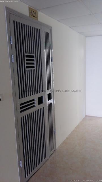Mẫu cửa sắt chung cư đẹp tại chung cư N02-T3 Ngoại Giao Đoàn