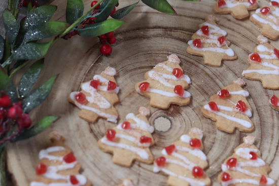 christmas-bakewell-biscuits