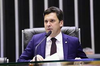 Isnaldo Bulhões cobra apoio do governo federal em relação do canal do sertão.