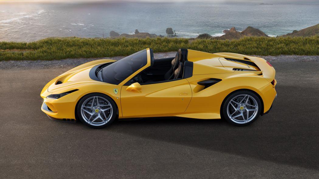 Ferrari F8 Spider Dirilis, Power Naik Tajam!