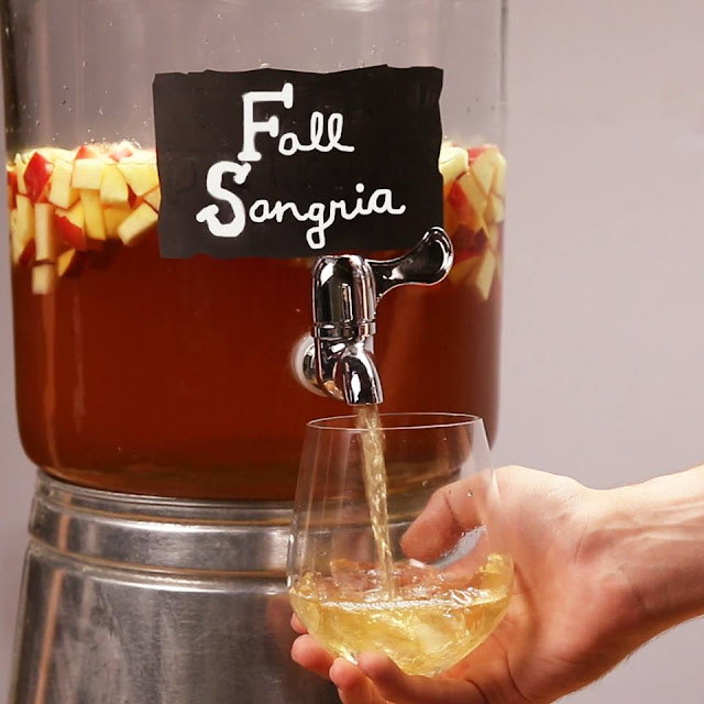 Apple Cinnamon Fall Sangria Recipe