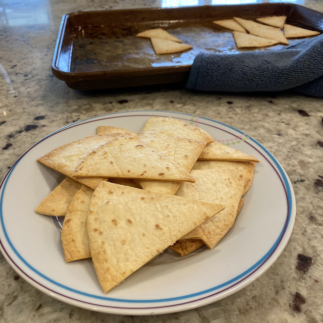 Homemade Tortilla Chips Served Up on Livliga's Vivente pattern