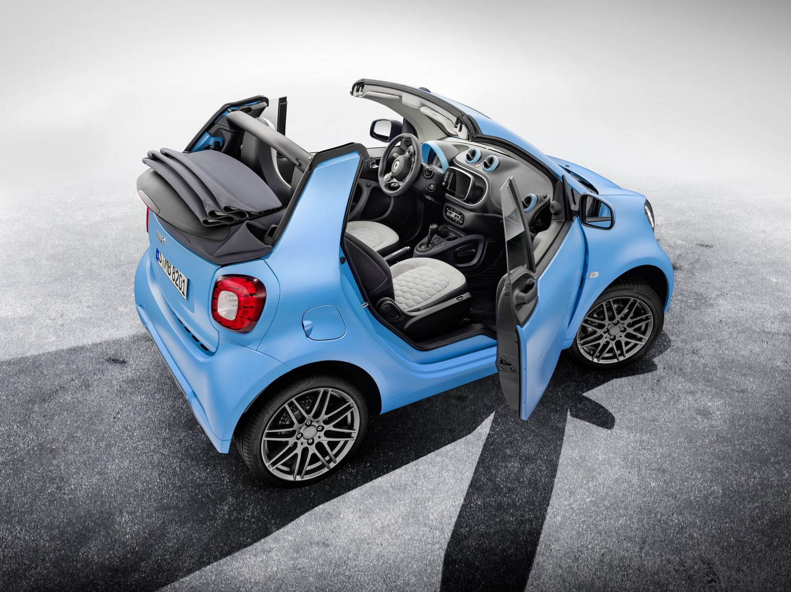 2014 - [Smart] ForTwo III [C453] - Page 31 Brabus-Smart-ForFour-ForTwo-1