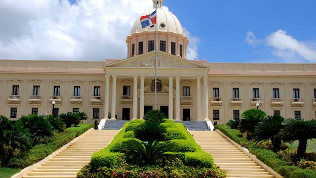 República Dominicana, el país americano que suspendió su independencia y volvió a la Corona española