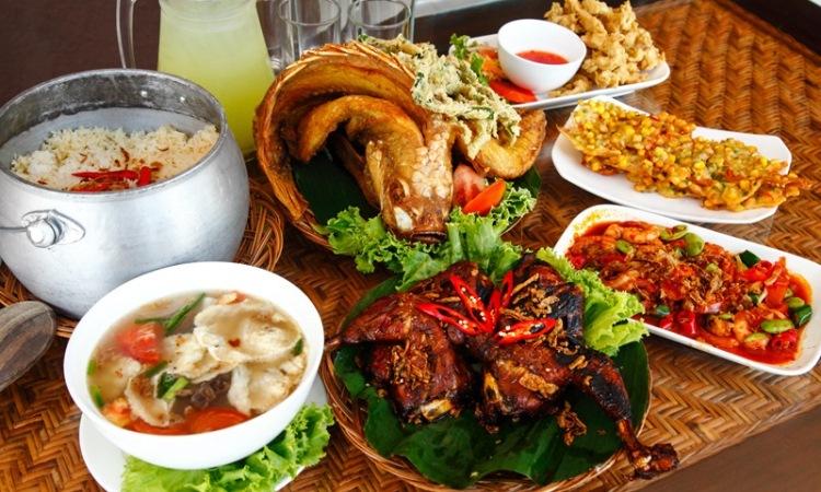 16 Tempat Makan di Karawang Paling Enak & Murah