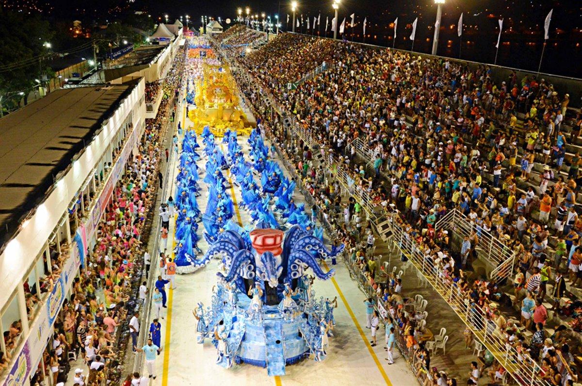 Como é o Carnaval em Vitória e Vila Velha