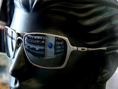 674d8beb2078d Oculos Oakley Inmate Polarizado Original   Louisiana Bucket Brigade