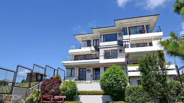 8 Suites by Fat Jimmy's Hotel in Tagaytay