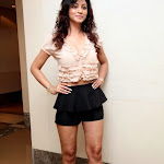 Shilpi Sharma hot wallpapers showing her hot thighs