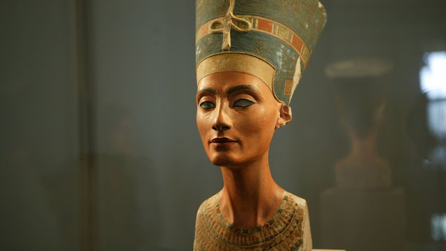 Nefertiti: Will the iconic Berlin resident ever make it home?