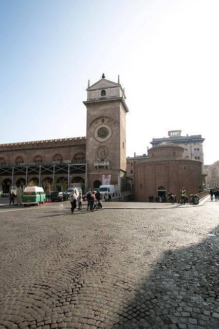 Torre dell'orologio e Palazzo della Ragione-Mantova