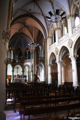 Interni dell'Eglise di Saint Pons a Sommieres