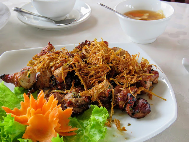 Gourmet lunch on Paloma Cruises Halong Bay in Vietnam