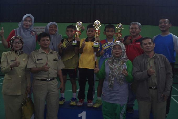 Gugus 2 Bima Sakti juara umum O2SN Kecamatan Sukmajaya