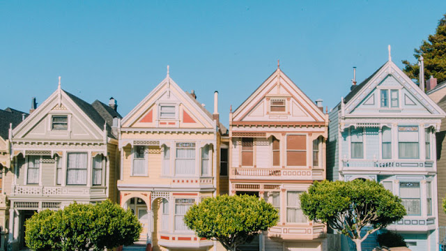 Victorian Homes Side-By-Side