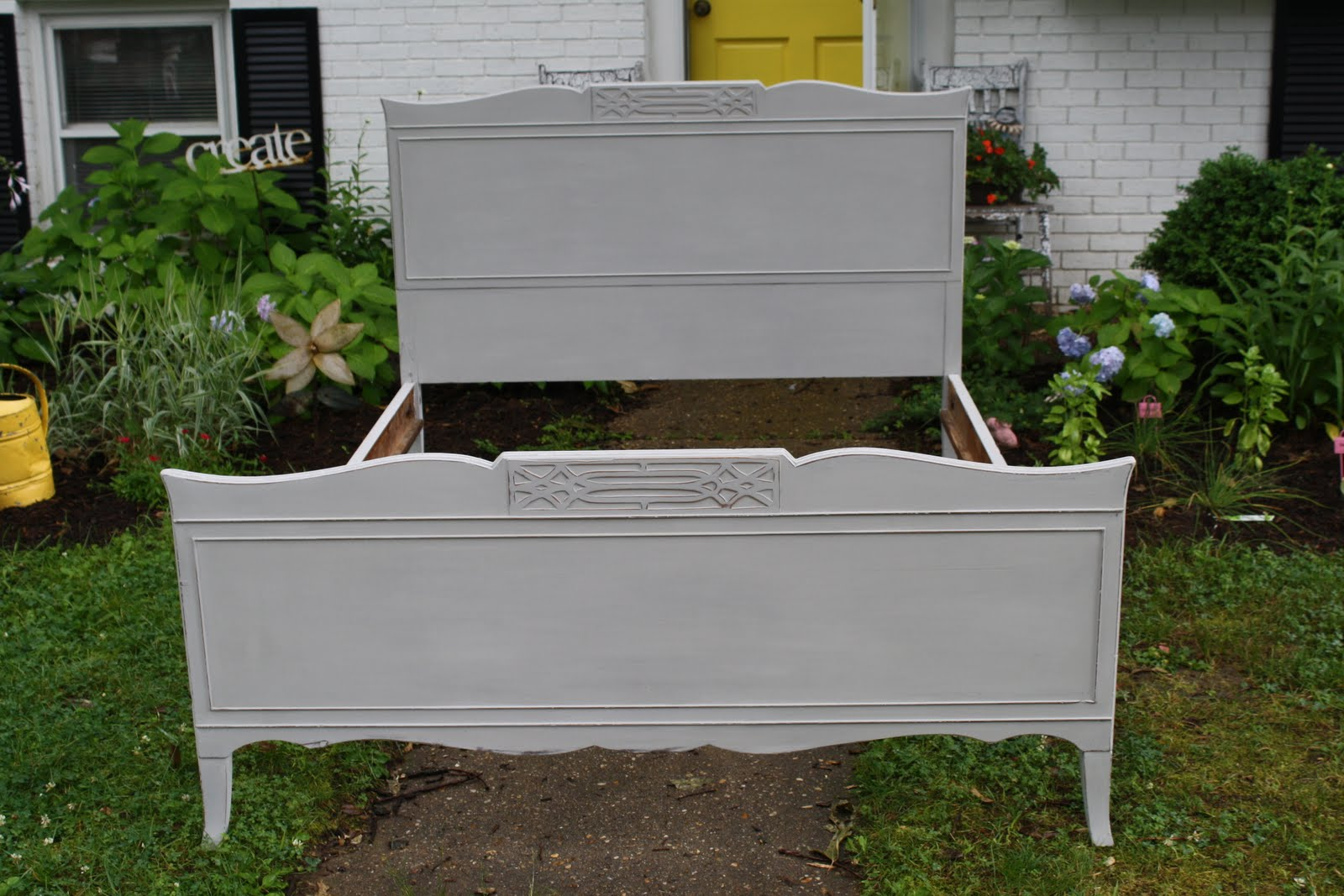Furniture Painting Series Part 2: Annie Sloan Chalk Paint®